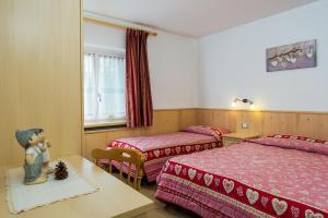 Majon Vajolet - Apartments Luisa, Apartmanok  Vigo di Fassa - big - 14