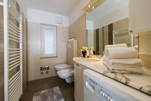 Majon Vajolet - Apartments Luisa, Apartmanok  Vigo di Fassa - big - 44