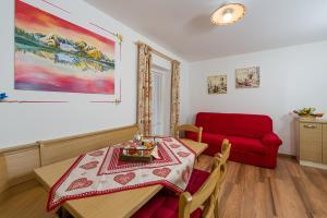 Majon Vajolet - Apartments Luisa, Apartmanok  Vigo di Fassa - big - 11