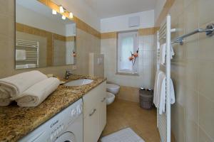 Majon Vajolet - Apartments Luisa, Apartmanok  Vigo di Fassa - big - 10