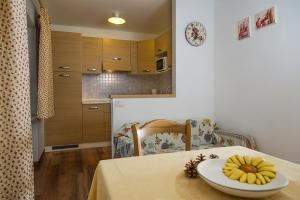 Majon Vajolet - Apartments Luisa, Apartmanok  Vigo di Fassa - big - 6