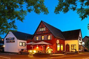 Beim Holzschnitzer - Hohenfels-Essingen