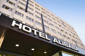 Hotel Ali Baba, Гуменне