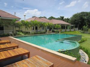 Ruen Maihom Riverside Cottage - Ban Bung Hua Waen