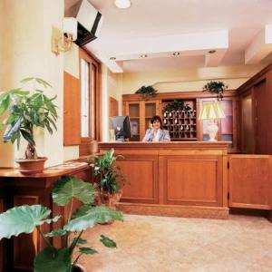 Hotel Kriss - AbcRoma.com