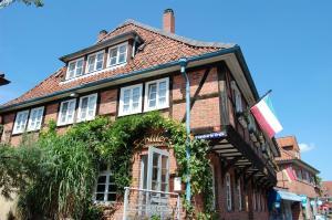 Schillers Gästehaus - Bahnhof Leitstade