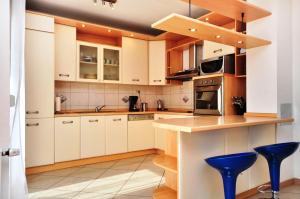 Apartment Luxury Cream