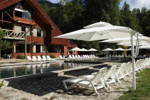 Hotel y Termas Huife - Collentañe