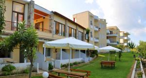 Hostels e Albergues - Adonis