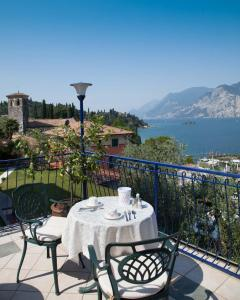Hotel Capri, Hotely  Malcesine - big - 35