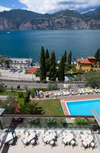 Hotel Capri, Hotely  Malcesine - big - 31