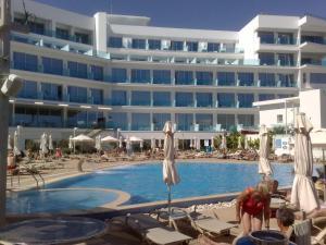 Vrissaki Beach Hotel, Протарас