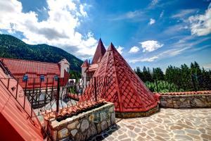 House of Dracula Hotel, Hotely  Poiana Brasov - big - 66