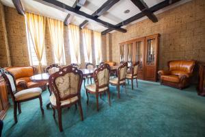 House of Dracula Hotel, Hotely  Poiana Brasov - big - 54