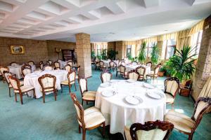 House of Dracula Hotel, Hotely  Poiana Brasov - big - 63