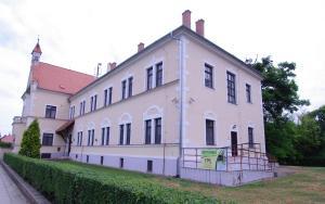 Albergues - Koleje Zamecek
