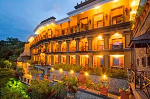 Zephyr Palace, Jacó