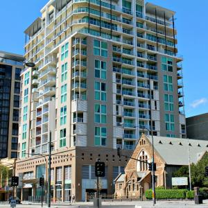 Adelaide DressCircle Apartments - North Terrace