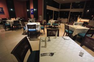 Ombak Villa Langkawi, Resorts  Kampung Padang Masirat - big - 28