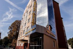 Отель Оптима Ровно, Ровно