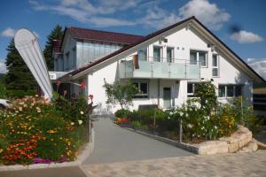 Landpension Wachtkopf Ferienwohnungen - Kleingartach