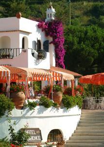 Hotel Cala di Mola - AbcAlberghi.com