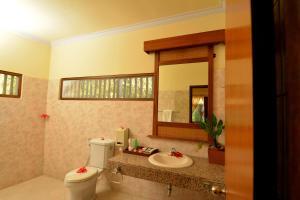 Banyualit Spa 'n Resort Lovina, Resort  Lovina - big - 76
