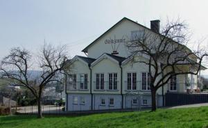 Wein & Gästehaus Rosenlay - Lieser