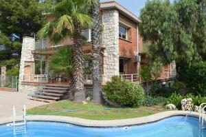Pool House Barcelona - La Rabassada