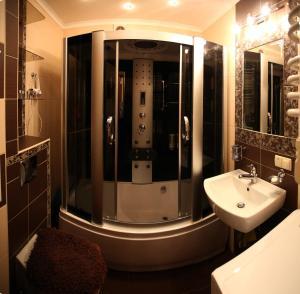 RomanticApartaments ,TWO BEDROOM, Апартаменты  Львов - big - 30