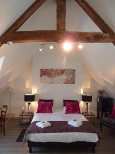 Location gîte, chambres d'hotes Maison d'Hôtes Les Belles de Mai dans le département Manche 50