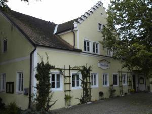 Guest House Schloß Tunzenberg - Geiselhöring