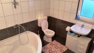 Guesthouse Anita, Penziony  Sobra - big - 6
