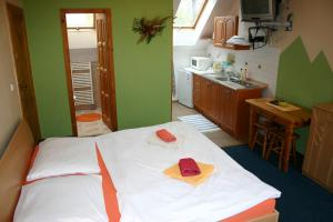 Penzion Via Mara, Гостевые дома  Липтовски-Микулаш - big - 67
