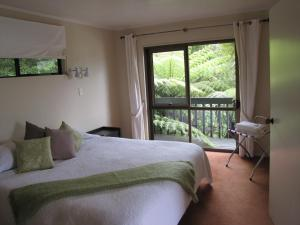 Tipi and Bobs Waterfront Lodge, Turistaházak  Tryphena - big - 7