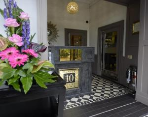 Number 10 Hotel (5 of 29)