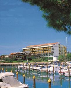 Hotel Marina Uno - AbcAlberghi.com