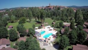 Location gîte, chambres d'hotes Le Hameau des Genets dans le département Aveyron 12