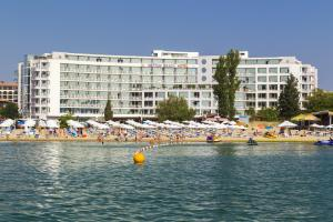 Курортный отель Neptun Beach