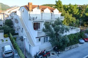Albergues - Villa Adria