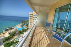 Radisson Blu Resort & Spa, Golden Sands (2 of 35)