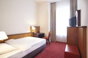 Hotel Hafen Hamburg (16 of 45)