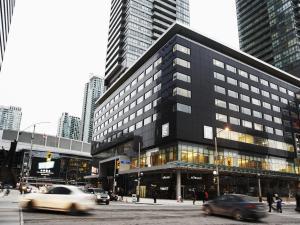 Le Germain Hotel Toronto Maple Leaf Square (1 of 31)