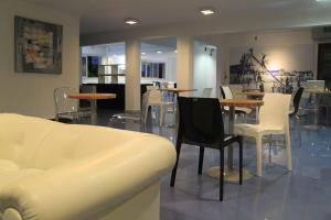 Hotel Florinda, Hotely  Punta del Este - big - 129