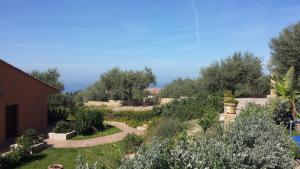 Villa Cattleya, Dovolenkové domy  Campofelice di Roccella - big - 44