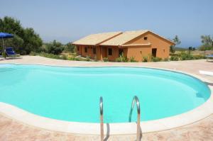 Villa Cattleya, Dovolenkové domy  Campofelice di Roccella - big - 45