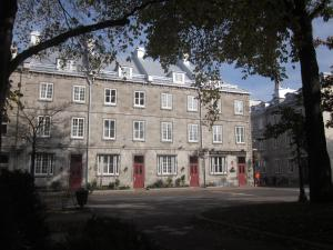 Hôtel Manoir de l'Esplanade - Hotel - Quebec City