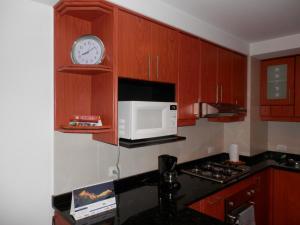Maycris Apartment El Bosque, Apartmanok  Quito - big - 29