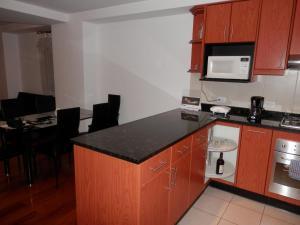 Maycris Apartment El Bosque, Апартаменты  Кито - big - 32