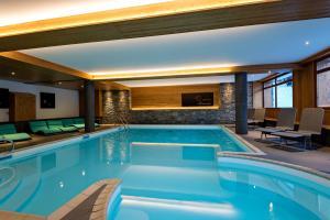 Lagrange Vacances Les Chalets d'Emeraude**** - Hotel - Hauteluce